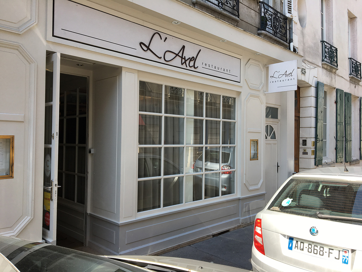 L'Axel Restaurant's street frontage