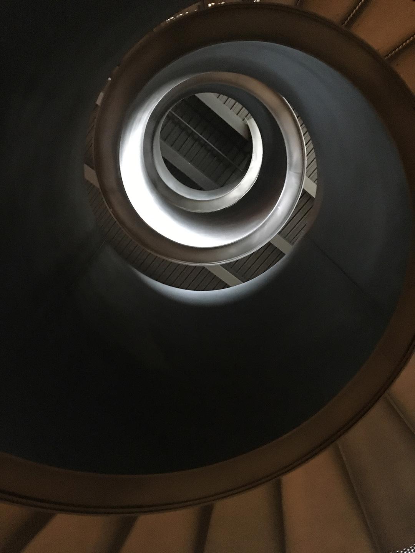 wld_181226_stairwell