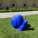 It's a vivid blue statue